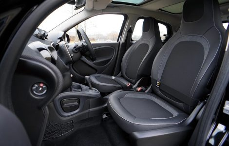 Comment nettoyer les tâches sur les sièges de voitures ?